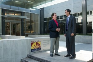 Congressman Gingrey visits Novelis Global Research and Technology Center